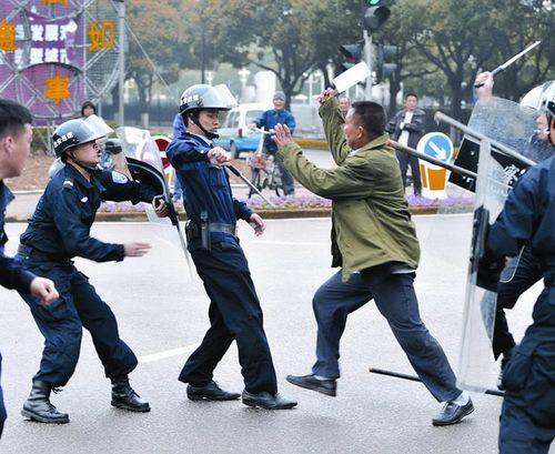 China-knife-attack_1574679i