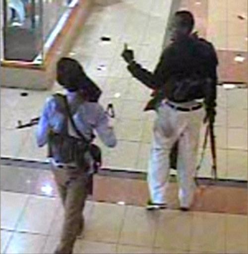 Terror-at-the-Mall-cctv